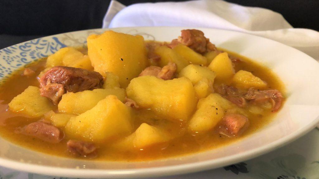 como hacer patatas guisadas con carne