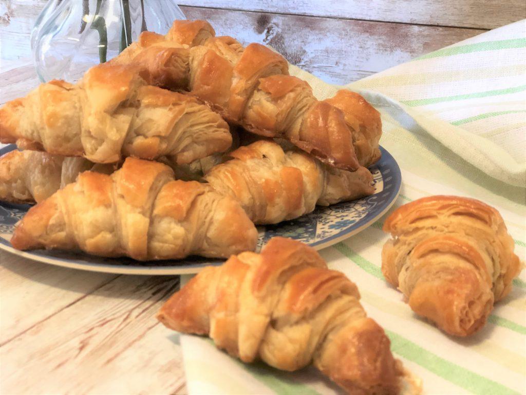 como hacer croissants de hojaldre