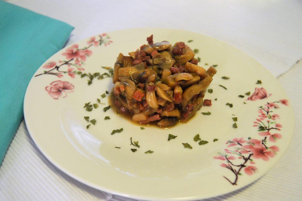 como cocinar champiñones en salsa