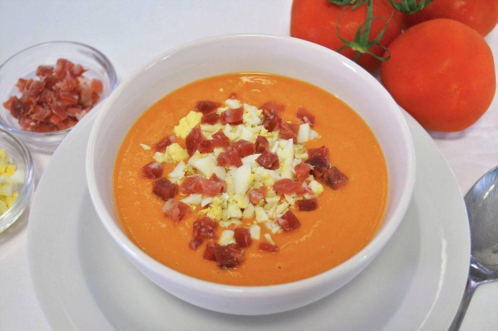 Como hacer salmorejo o crema de tomate