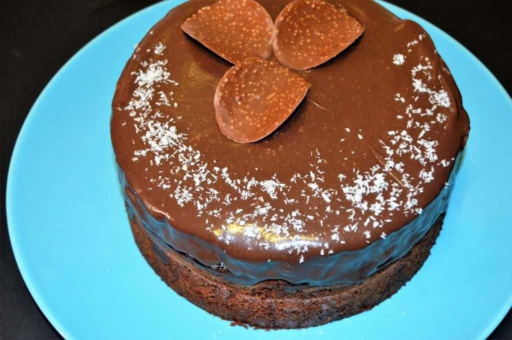 como hacer pastel de chocolate y coco