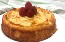 como hacer tarta de yogur y manzana