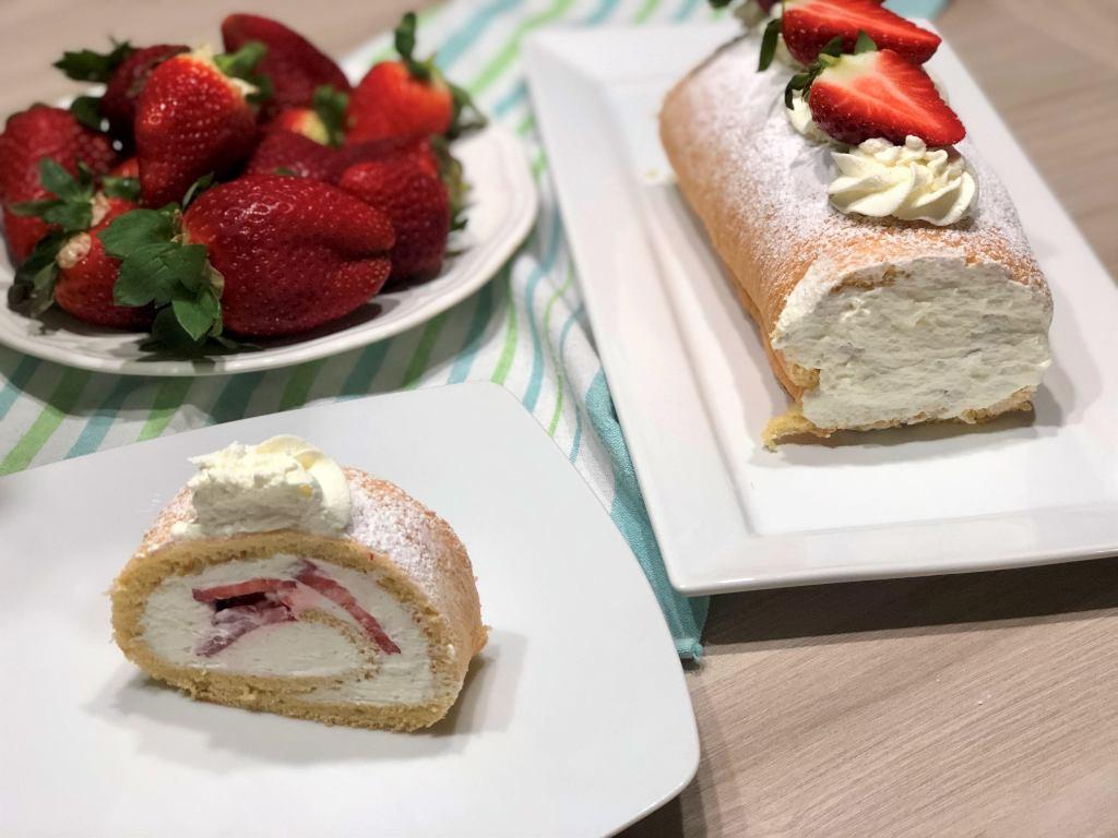 como hacer brazo de gitano con nata y fresas